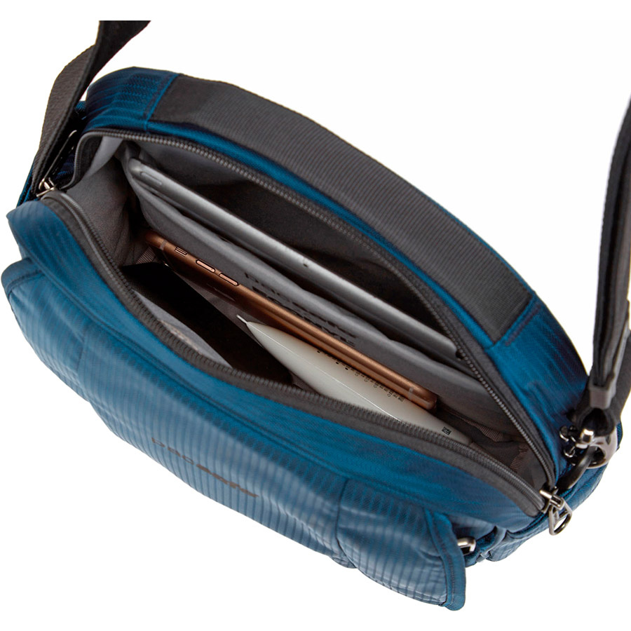 Сумка через плечо PACSAFE Metrosafe LS200 ECONYL Blue (40116641) Категория мужская