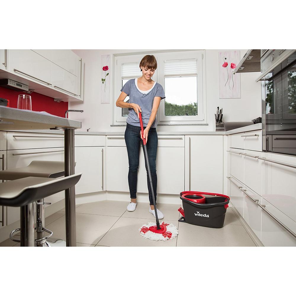 Комплект для уборки VILEDA EasyWring&Clean TURBO (151153) Материал  Пластик